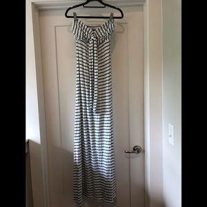 SPLENDID STRIPPED STRAPLESS DRESS